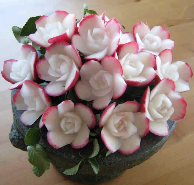 Carved radish flowers noi s fruit carving party ideas
