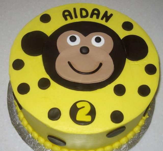 monkey face template for cake - maybe for his birthday with green brown green buttercream