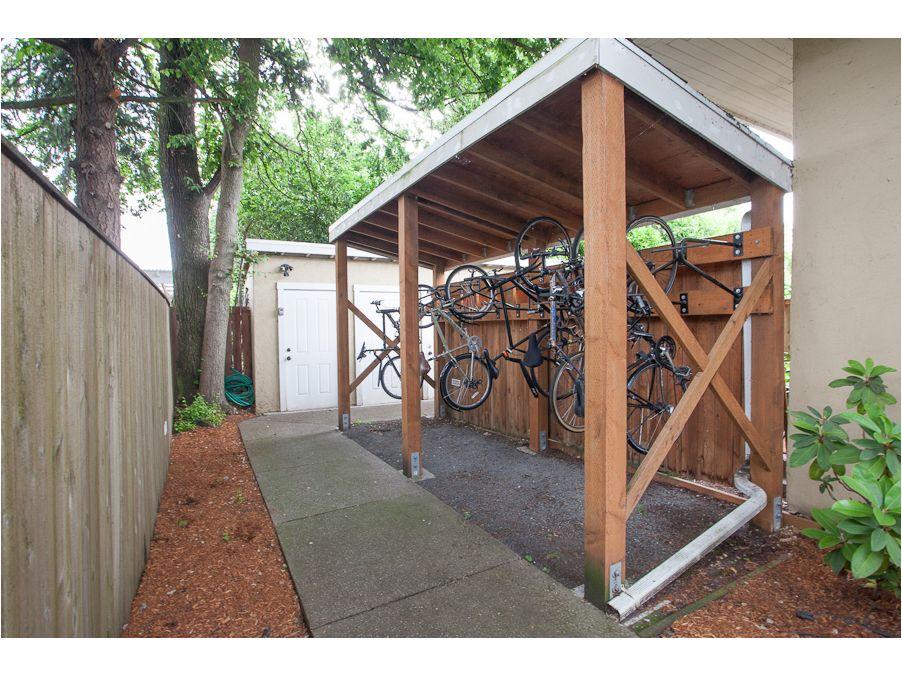 Outdoor bike storage medium size of bikesbike rack for car for Diy outdoor bike storage