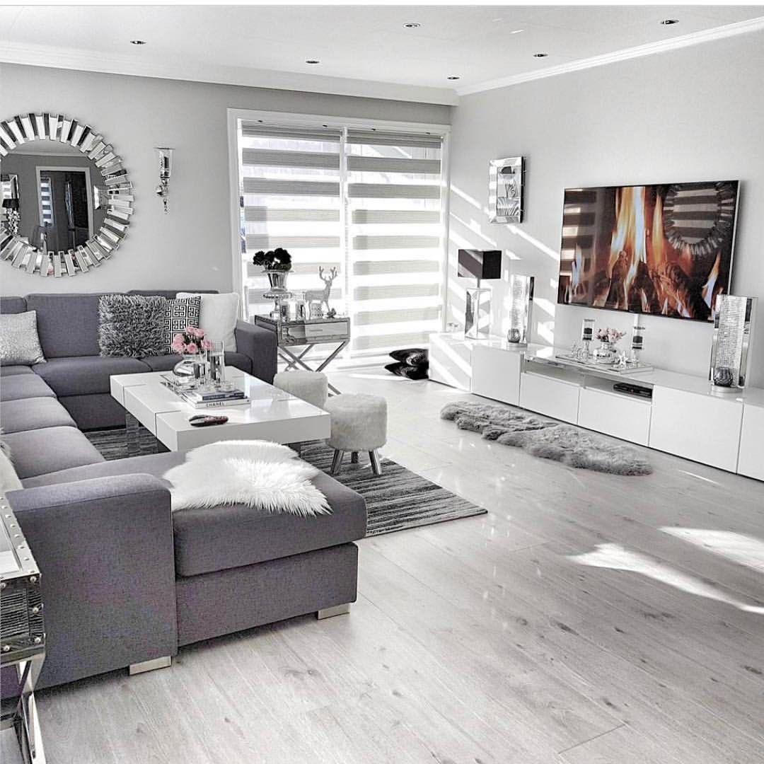 Budget Living Room Design Inspiration: Instagram'da Bukombin Deco