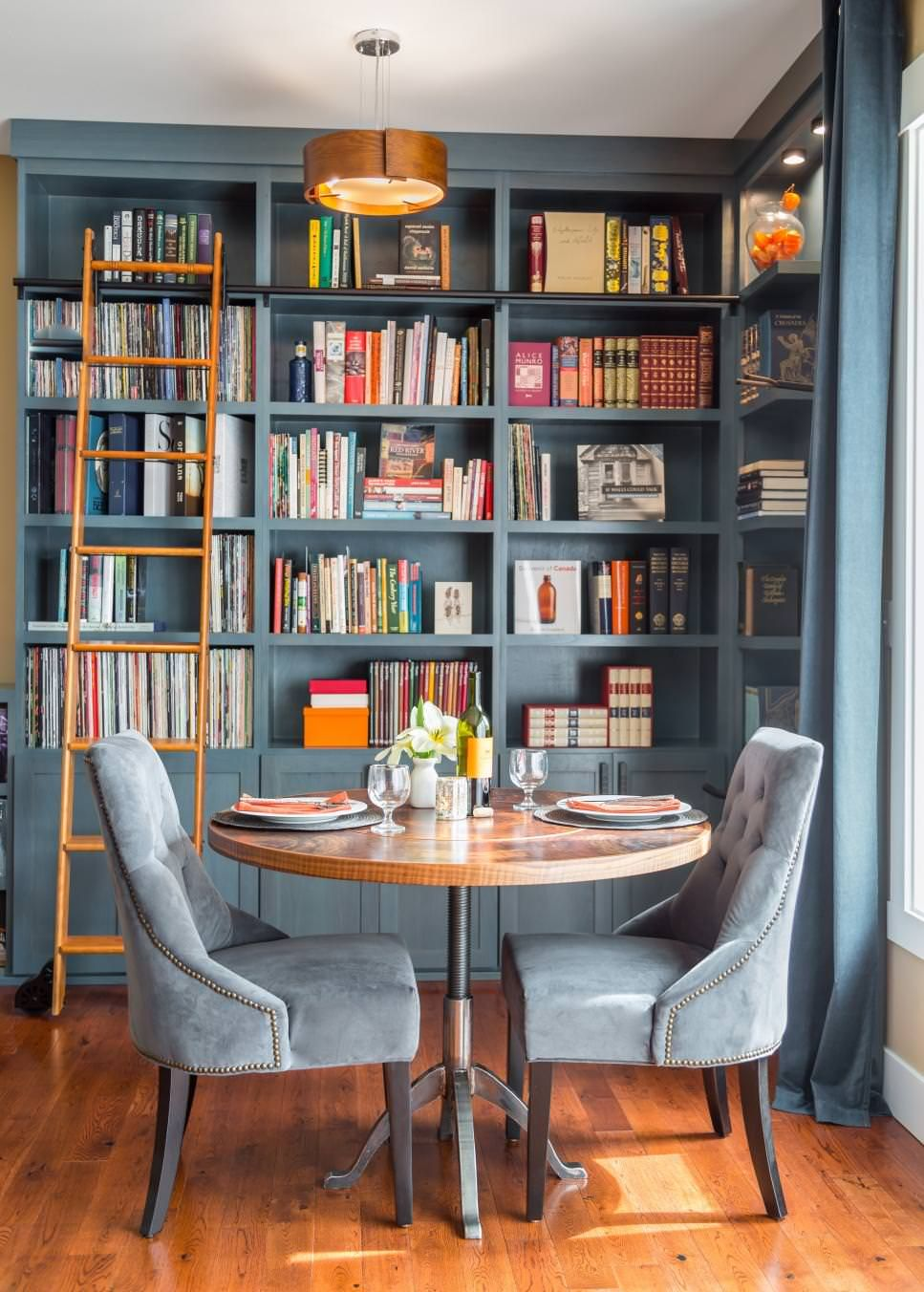 HGTV presents a gorgeous blue home library