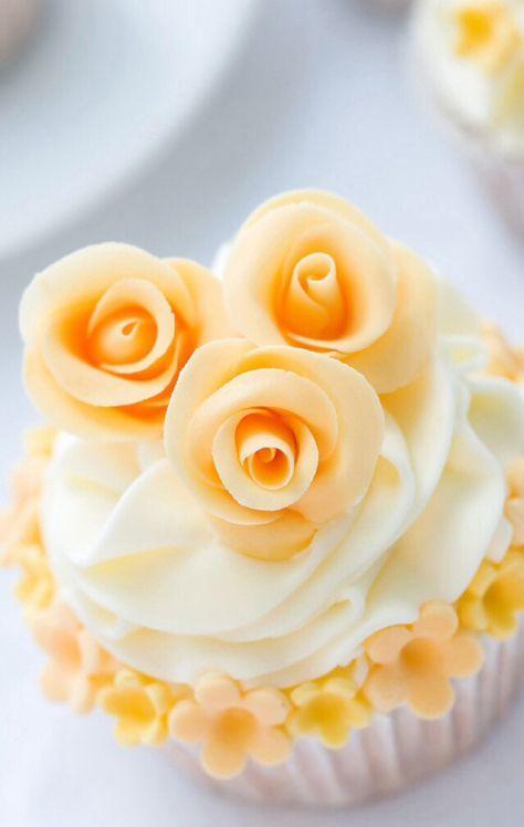 Pin by MIMI GEDDIS on CUPCAKE & MINI CAKE DESIGNS w/SOME RECIPES ...