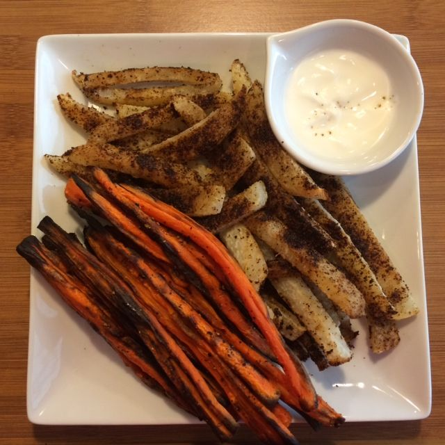 Healthy Food Substitutions - Roasted Carrot Fries - Skinny Fitalicious
