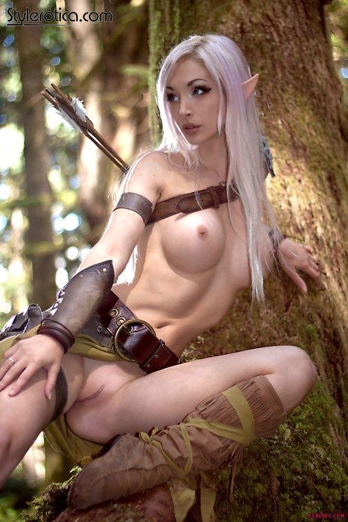 nude Female blood elf cosplay