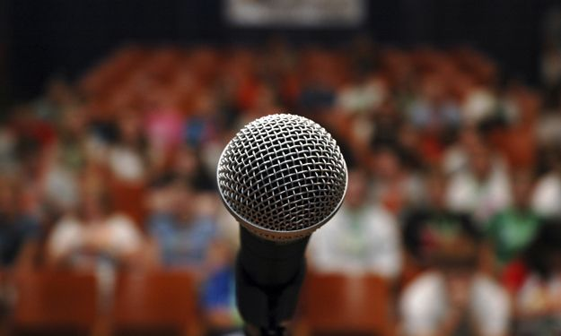 How Not to Pass Out During Your Next Public Speaking Gig ~ Levo League #MicDrop