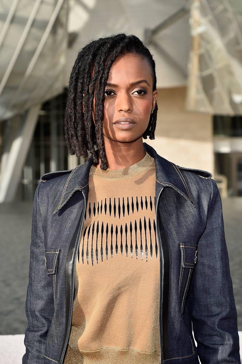 19 Celebs Slaying In Beautiful Locs Women With Dreadlocks Black Woman With Dreadlocks Dread Hairstyles