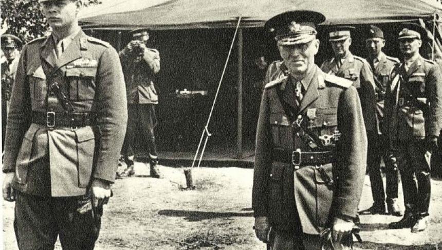 «Regele Mihai avea «mâinile» legate şi de Antonescu, şi de comunişti» | Historia