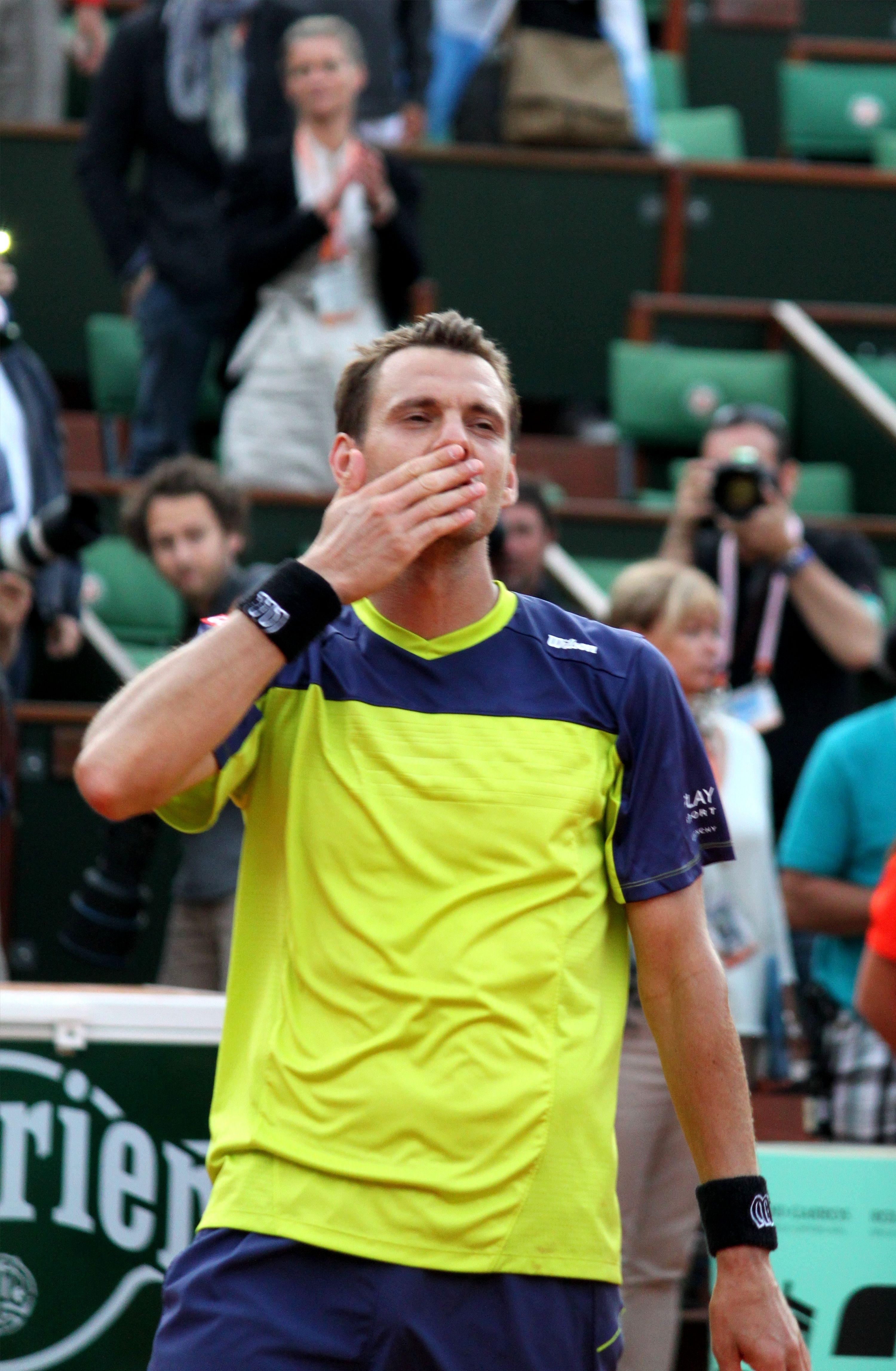 Superbe victoire de Mathieu sur Isner. Roland garros