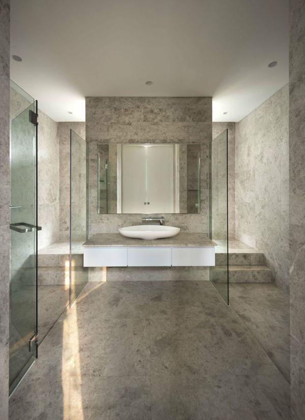modernes-graues-badezimmer-mit-einem-großen-spiegel salle de - modernes badezimmer designer badspiegel