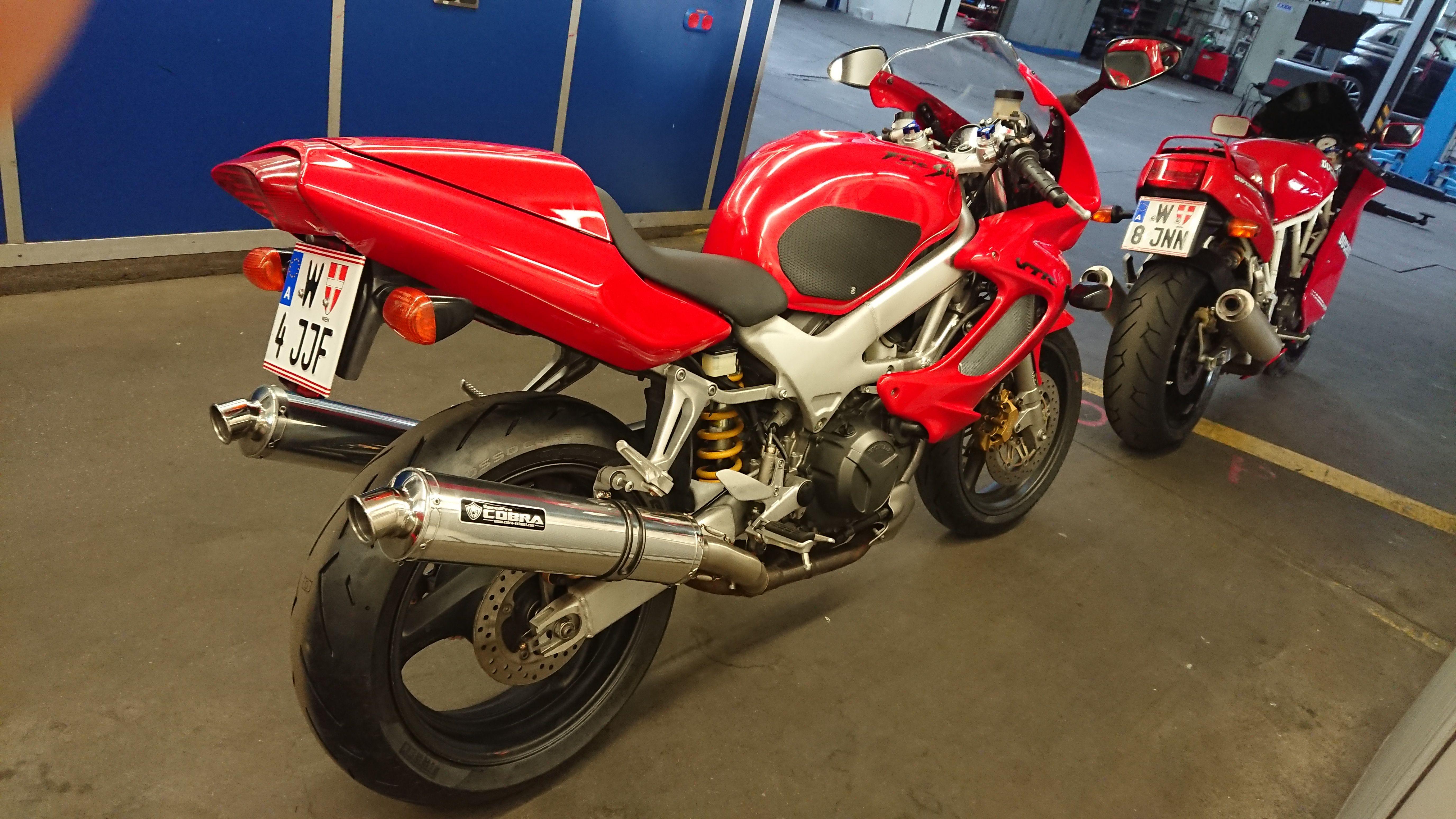 1997 Honda VTR1000