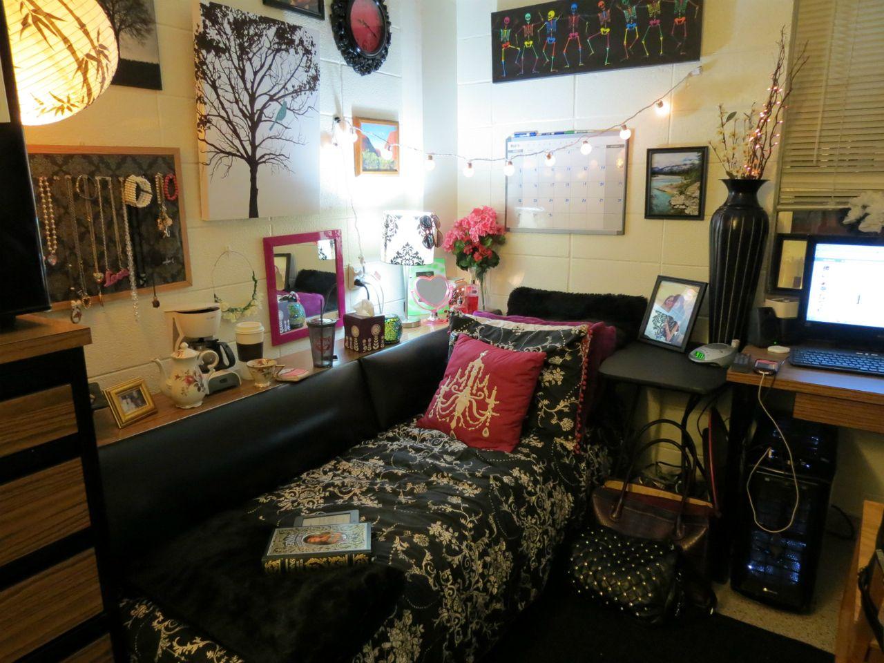 College dorm residential hall room | College Dorm | Pinterest ...