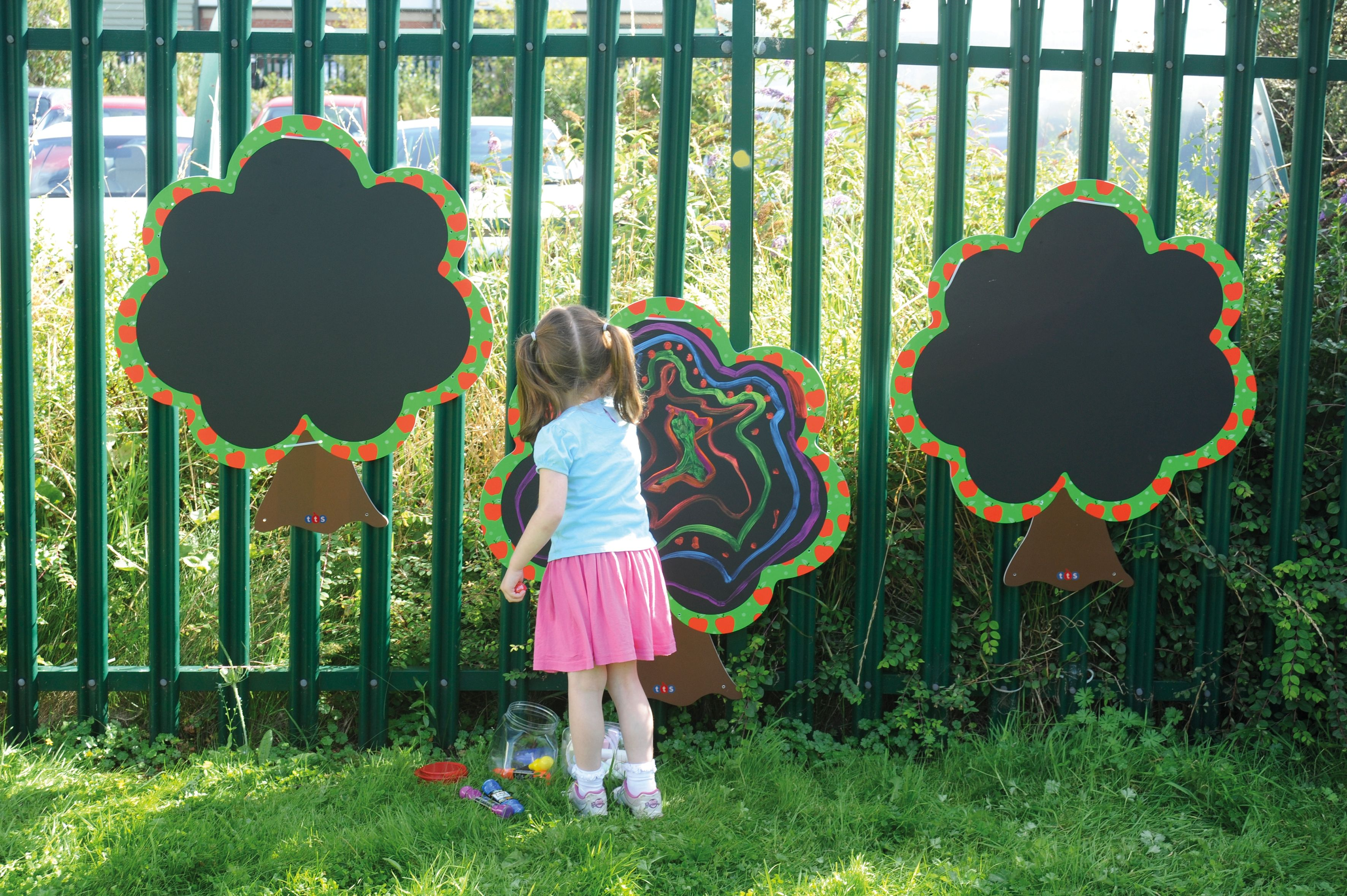dekorative baumtafeln f r drinnen und drau en tafel kreide kreativ baum malen chalkboard