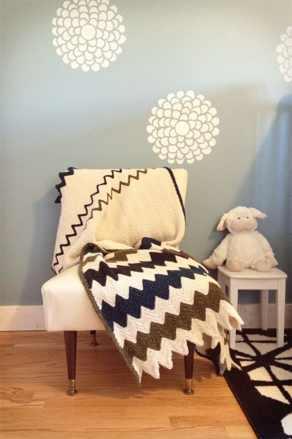 Cute walls/chair/blanket... love the entire room!