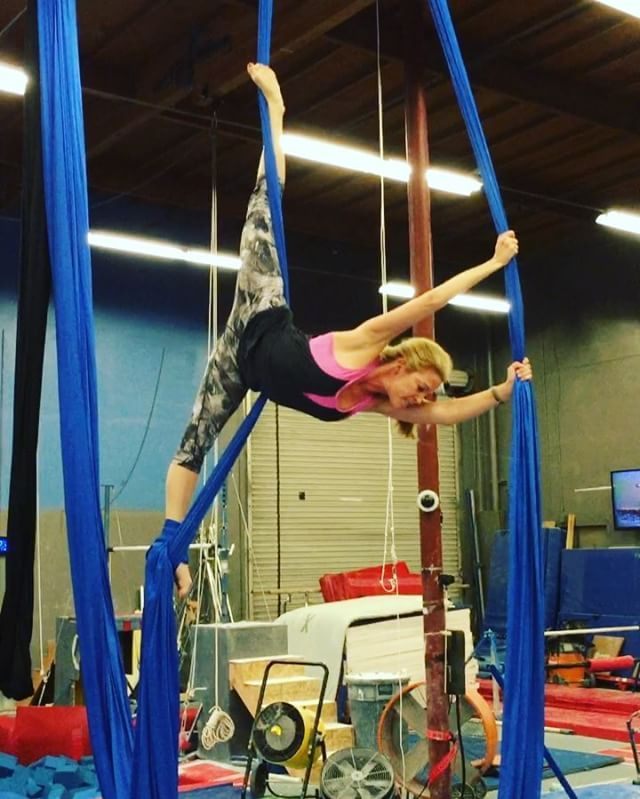 Aerial silks, aerial yoga and aerial hammock classes in North County San Diego. Adult and youth. Check out website for CLASS and WORKSHOP schedule