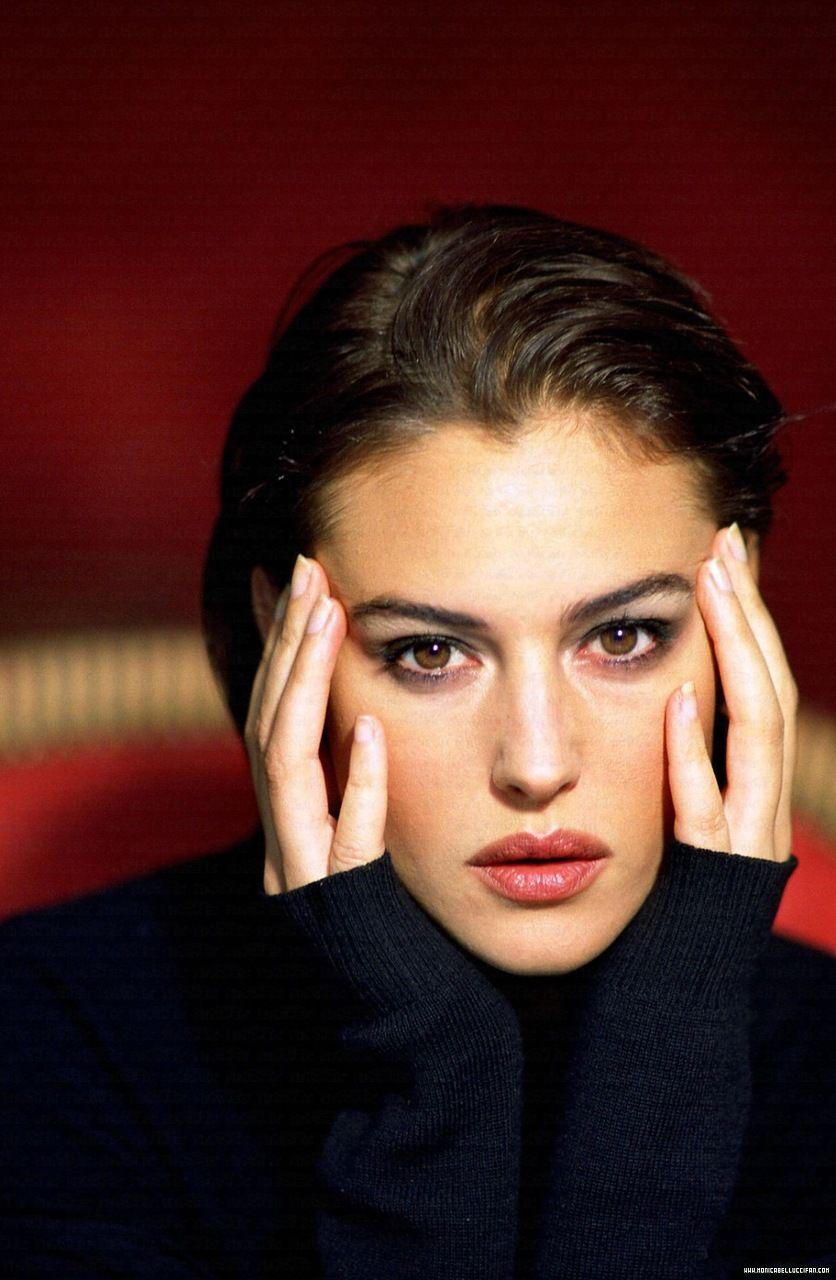 ходите художественные фото итальянских современных актрис и относитесь