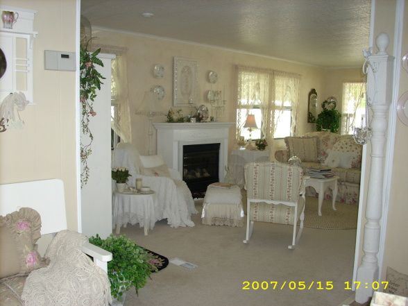 Mobili Romantici ~ Charming cottage style manufactured home cottage style porch