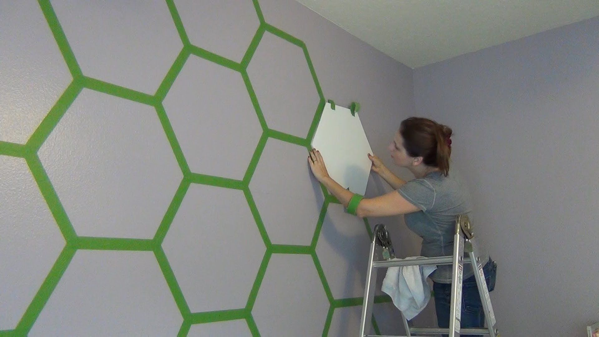 Hexagon Painted Room Can Use Other Colors For A Boys