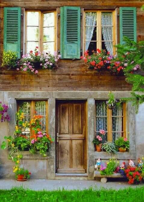 Sobrado Estilo Sulista Com Imagens Casas Coloridas Jardins De