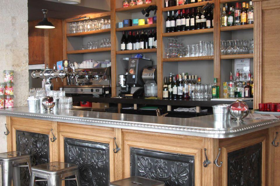 la penderie rue tienne marcel concert les mercredis paris bar resto pinterest penderie. Black Bedroom Furniture Sets. Home Design Ideas