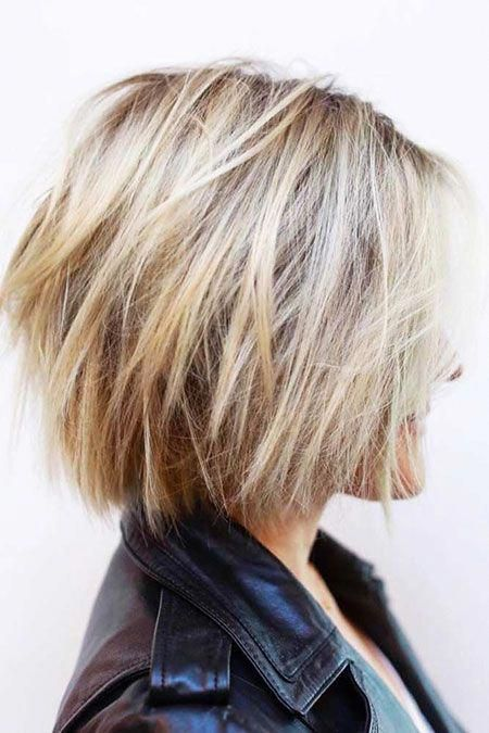 Short Blonde Hairtyles For Thick Hair Bobhaircut Short Hair With Layers Hair Styles Short Hairstyles For Thick Hair