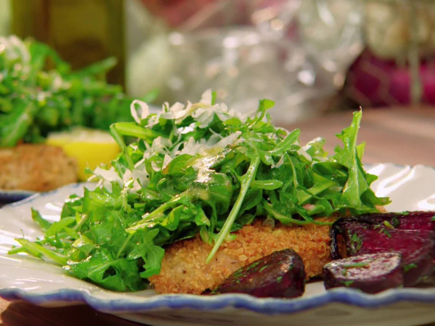Chicken cutlets with spicy arugula recipe arugula recipes chicken cutlets with spicy arugula recipe from valerie bertinelli via food network forumfinder Images
