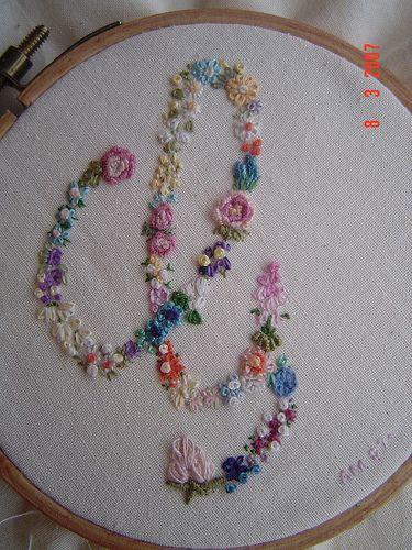 Flower Embroidery Step Into My Garden Rendas E Bordados
