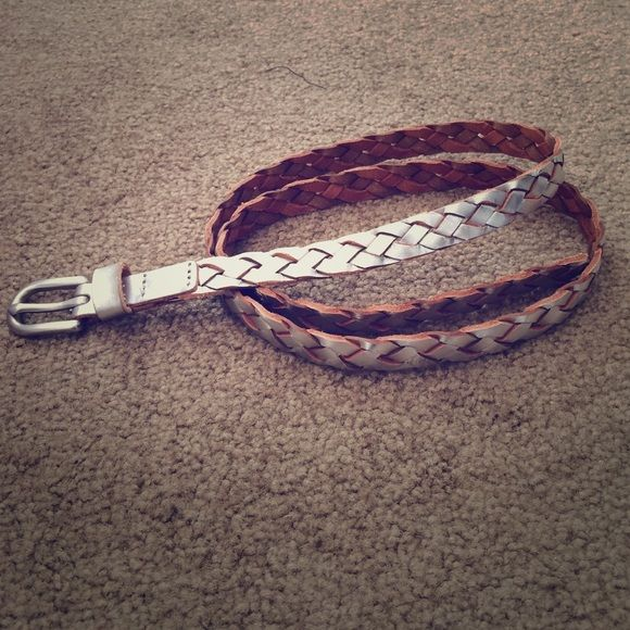 Silver Metallic Belt Worn one time. American Eagle Outfitters Accessories Belts
