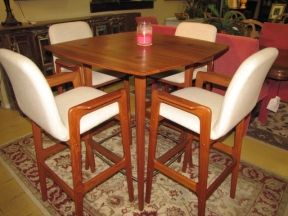 Price 795 95 Item 123013 Gorgeous Teak Scan Design Pub Table With 4 Bar Height Bar Stools Measures 39 X 39 X