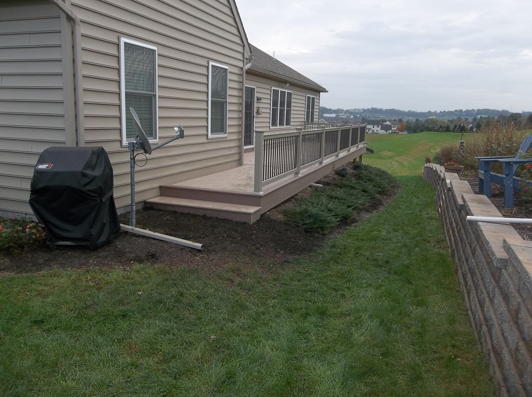 The Amish Deck Builders At Decks R Us Created This Beauty They Create Long Lasting Decks And Back It Up With A Lifetime Beautiful Backyards Deck Deck Builders