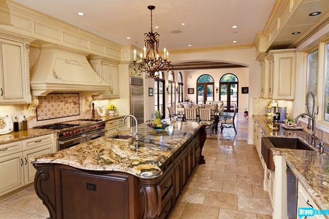Josh Flagg S Brentwood Villa Has A Kitchen That Evokes Taste Of