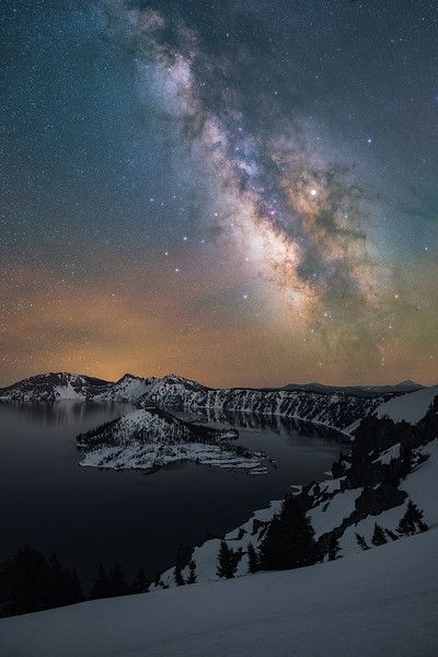The Milky Way above Crater Lake, Oregon #craterlakeoregon