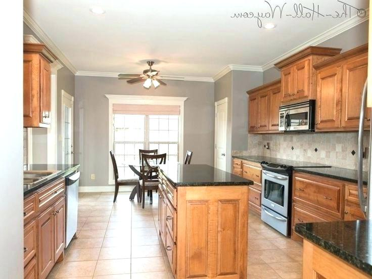 kitchen colors with maple cabinets ... in 2020 | Kitchen ...