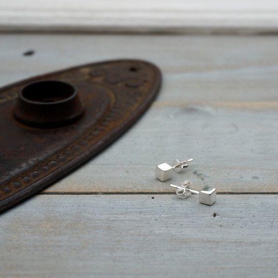 Silver Cube earrings  sterling silver square stud by Bellabagu