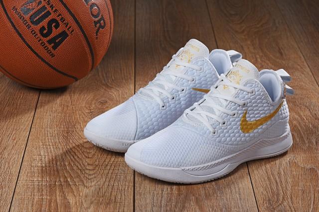 evitar Apretar Condensar  Nike Lebron Witness 3 White Gold Men's Basketball Shoes in 2020 ...