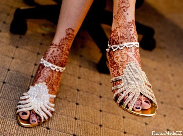Mehndi Ankle Boots : Indian wedding bride mehndi shoe sandal maharaniweddings