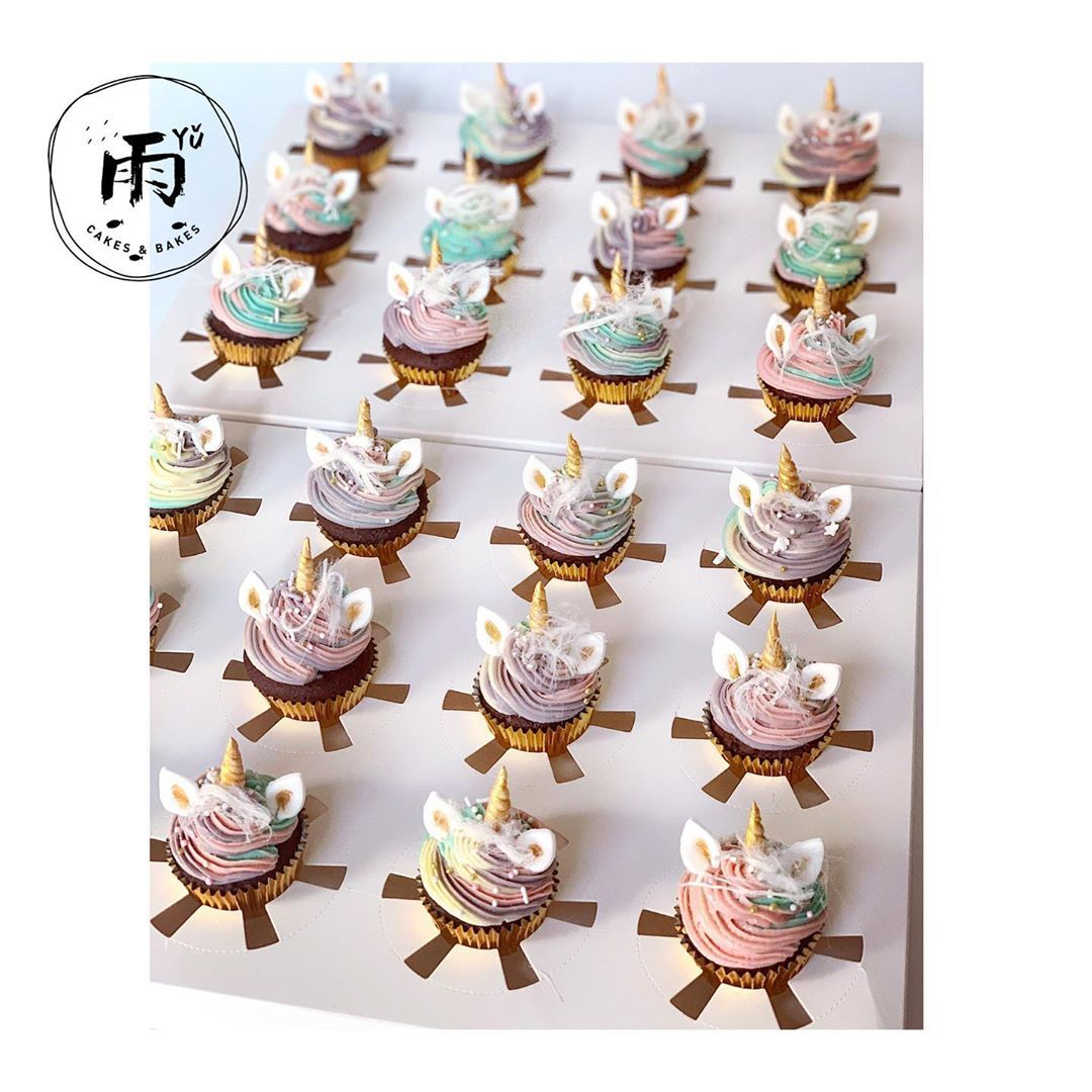 Come and check out our dreamy and lovely unicorn mini cupcakes. 🦄  Both taste and size are for kid birthday.🤗 . . . . . . . . .