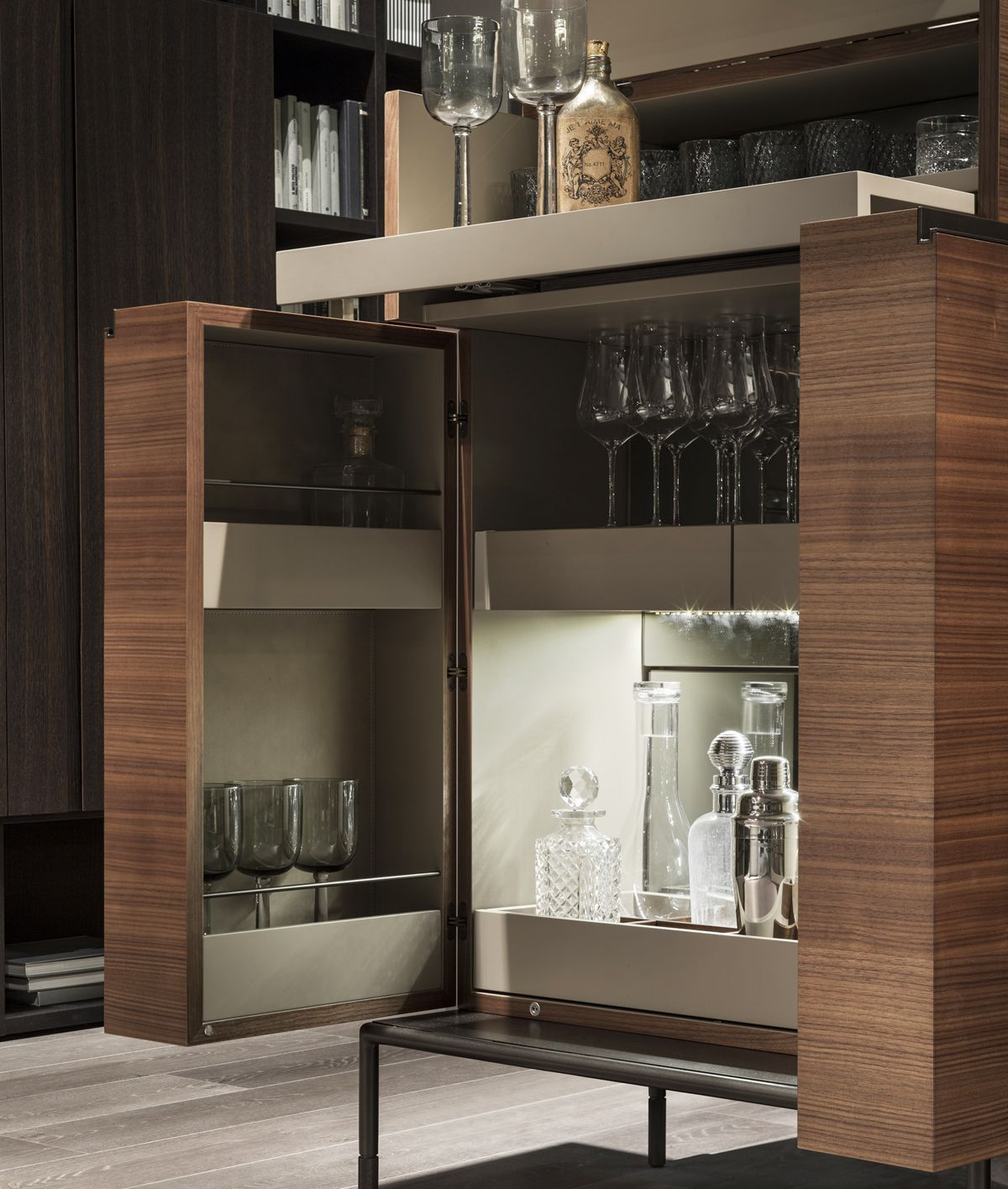 Wooden Contemporary Bar Cabinet