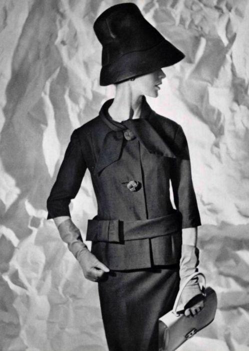 Pierre Cardin Design 1960. - More Details → http://sherryfashiondesignblog.blogspot.com/2012/06/pierre-cardin-design-1960.html.