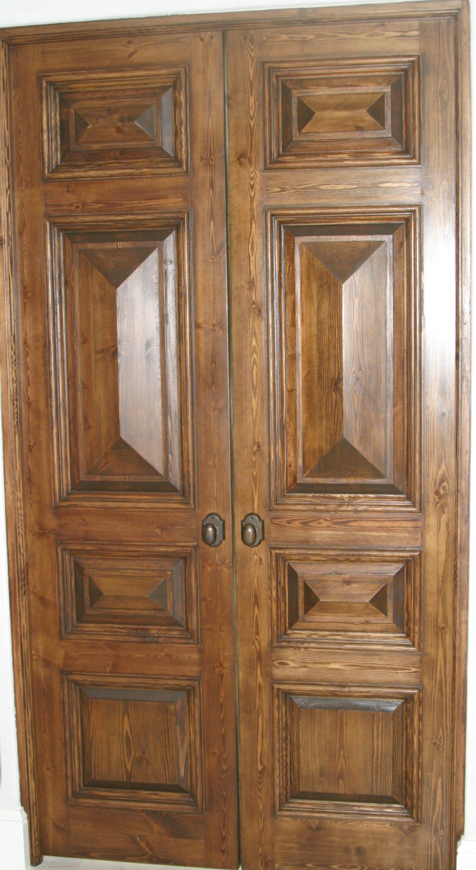 Rustic Pine Interior Double Doors With Pyramid Panels And Bollection Moulding Ev Dekorasyonu Evler Dekorasyon
