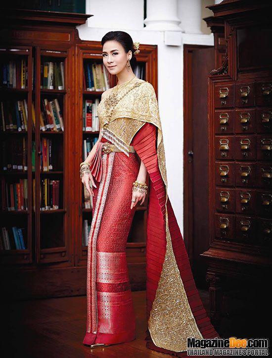 Traditional Wedding Dress Credit Magazinedee