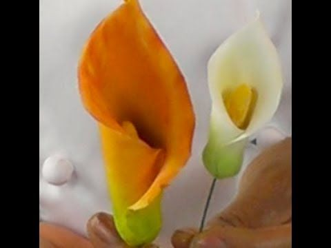 Sugar Gum Paste Flowers How To Make Sugar Paste Calla Lilies Cake Decoration Pastry School Sugar Flowers Tutorial Gum Paste Flowers Fondant Flowers