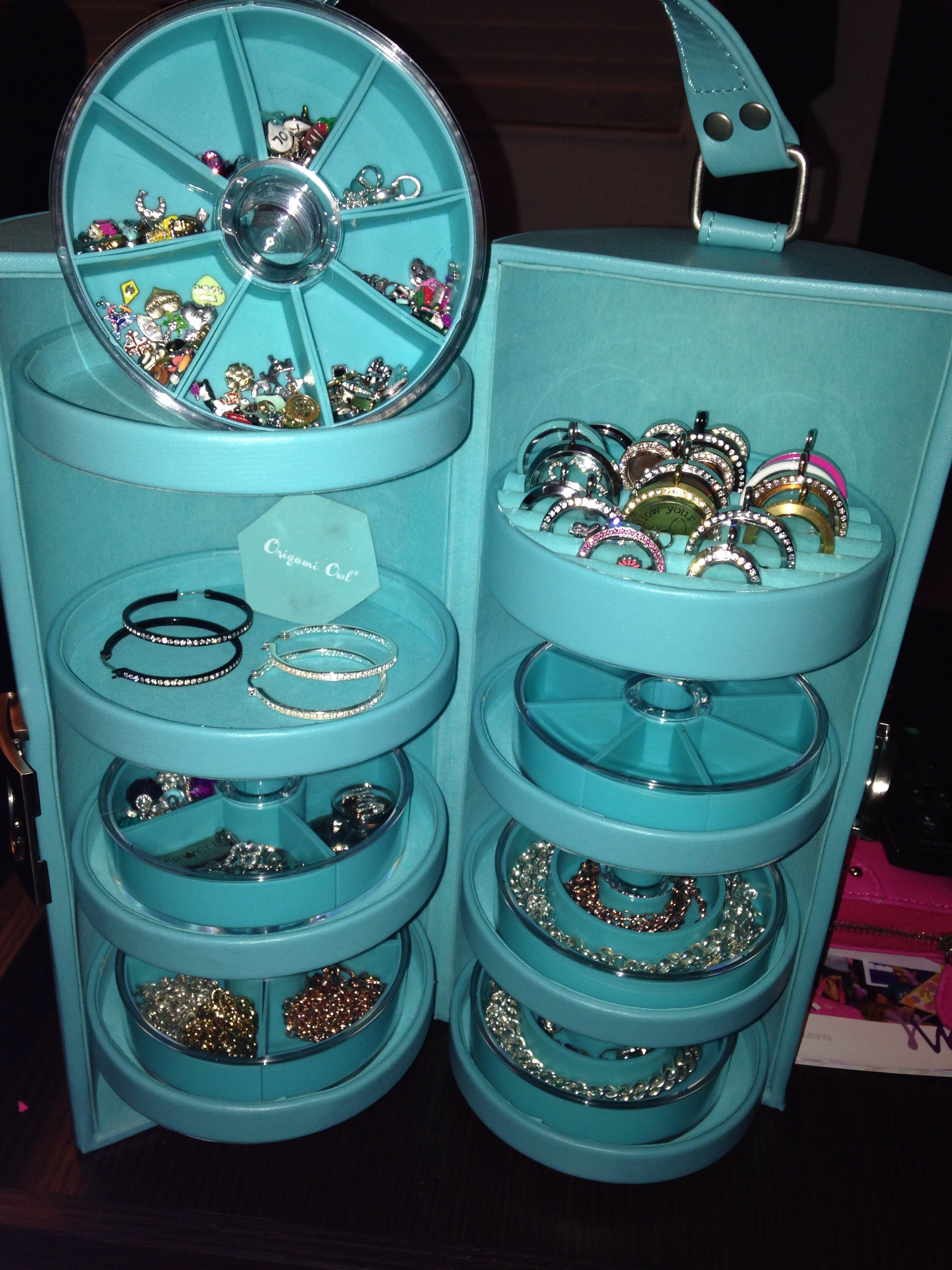 You're INVITED to an Origami Owl Jewelry Bar - YouTube | 3264x2448