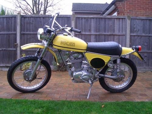 Ducati RT 450 Desmo single cylinder scrambler moto For Sale (1971)