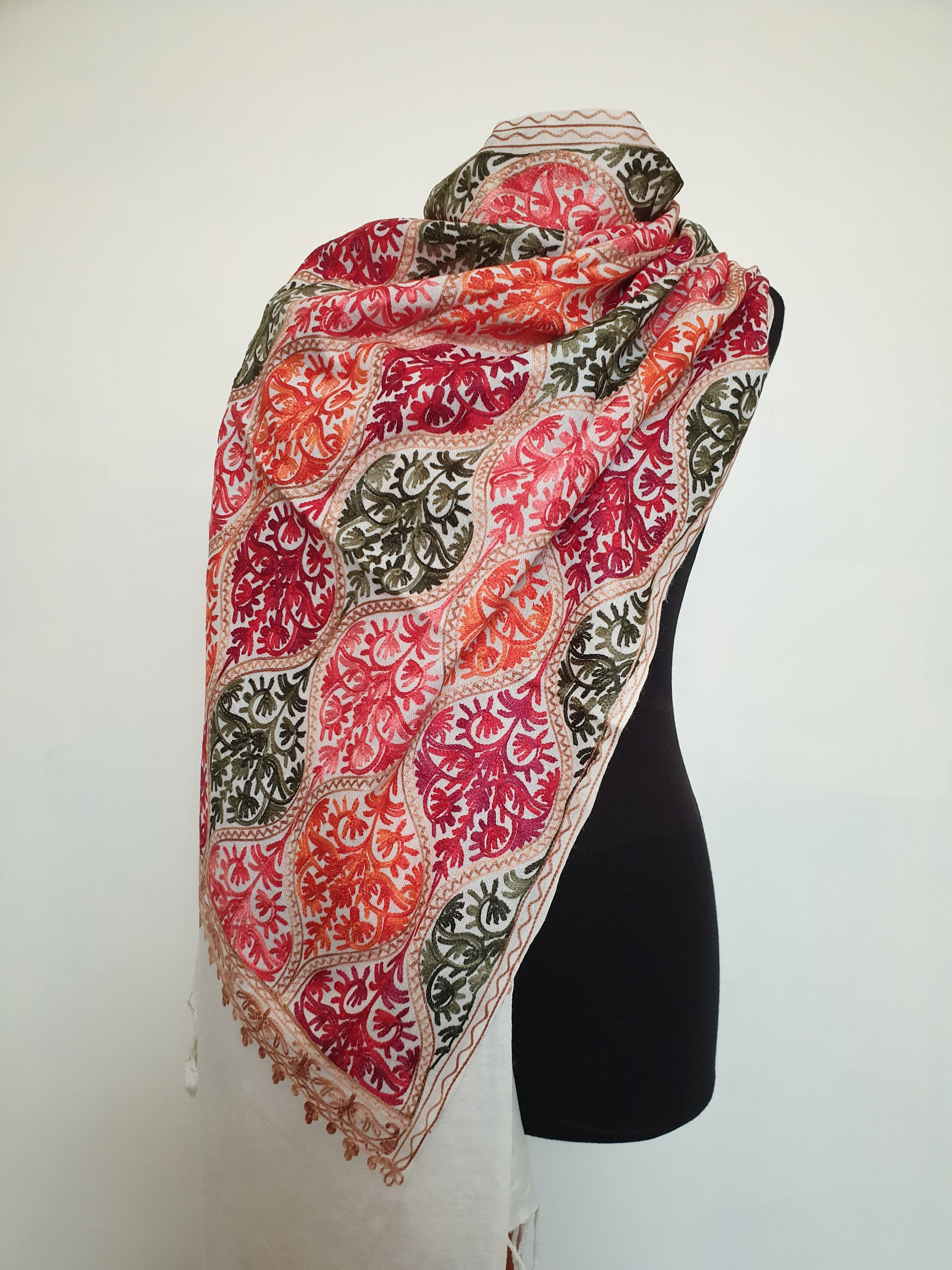Soft Ivory Indian 100/% Pashmina Wool Hand Embroidered Shawl Scarf Kashmir Stole