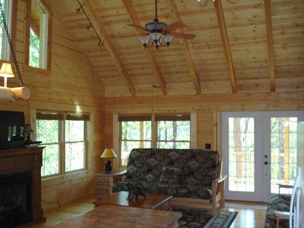 A Blend Of Natural Beauty And Historical Places Blue Eye Allow Travelers To Explore It As Per Their Luxury Cabin Rental Vacation Cabin Rentals Table Rock Lake
