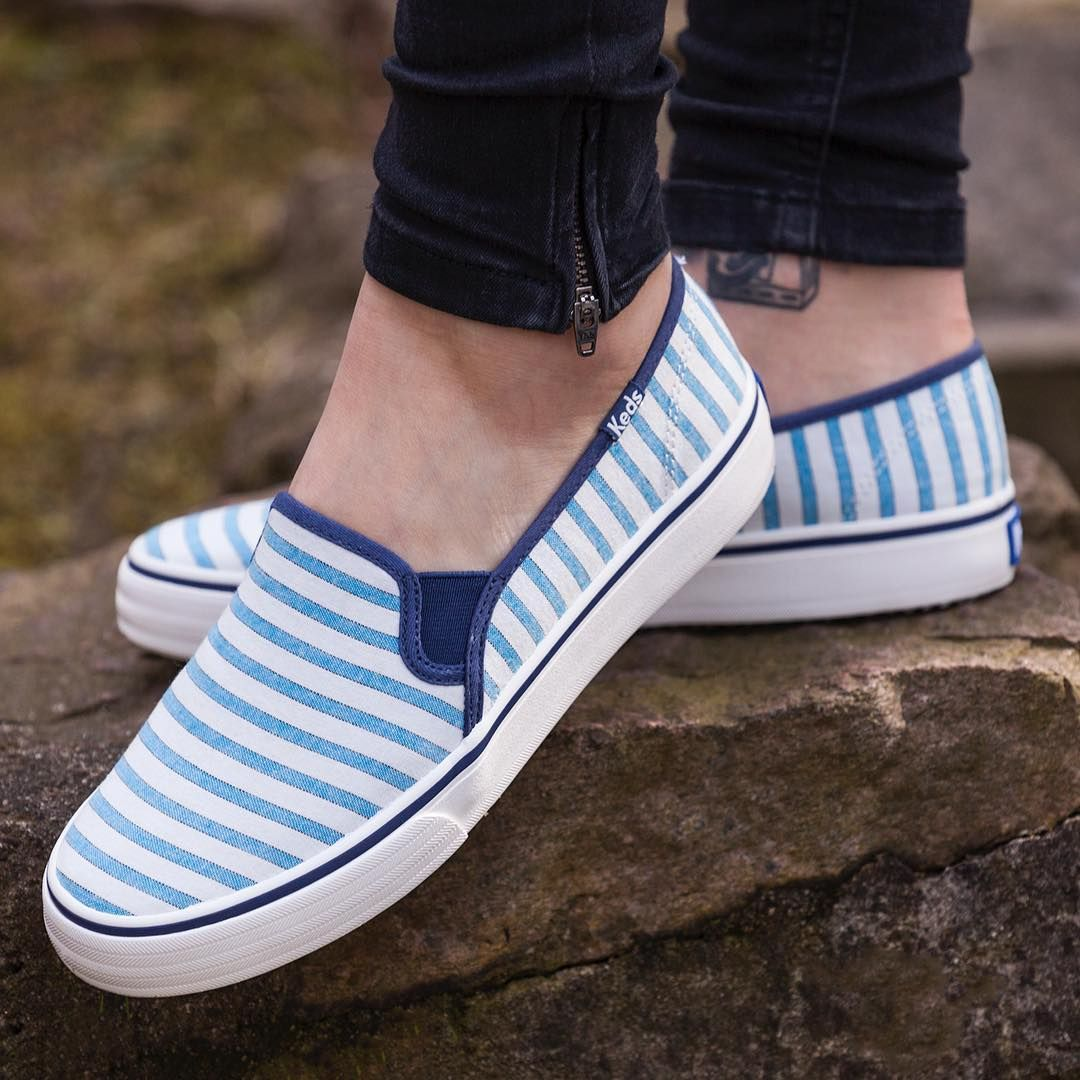 Keds Double Decker Cabana Stripe 670 Vivid Blue Doskonale Na Cieplejsze Dni Keds Double Decker Cabana Spring Summer Slip On Sneaker Sneakers Shoes