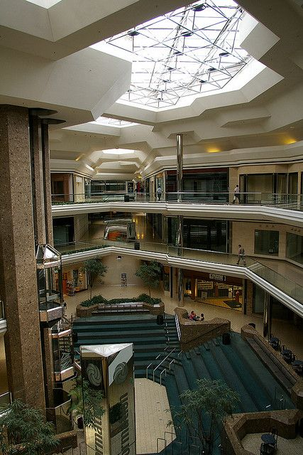 City center mall empty this mall was removed and made in to a city center mall empty this mall was removed and made in to a beautiful green abandoned mallsabandoned ohiocolumbus sciox Choice Image