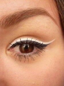 Delineado De Ojos En Color Blanco Tendencia En Maquillaje 2014