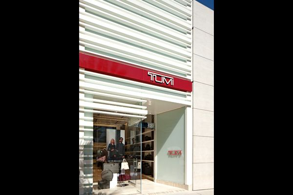 Exterior Storefront Design | ... modern retail puter store interior ...