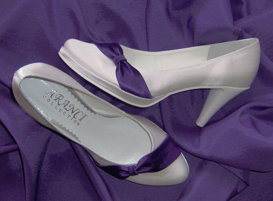 Buty Slubne Kolorowe Buty Slubne Obuwie Slubne Biale Buty Obuwie Do Slubu Plaskie Obcasy Duze Buty Duza Stopa Tega Lydka Duze Roz Heels Wedding Shoes Shoes